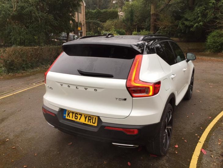 New Car Review: Volvo XC40 | Residual Value Intelligence | Autovista